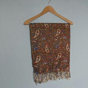 Grey Paisley pattern scarf